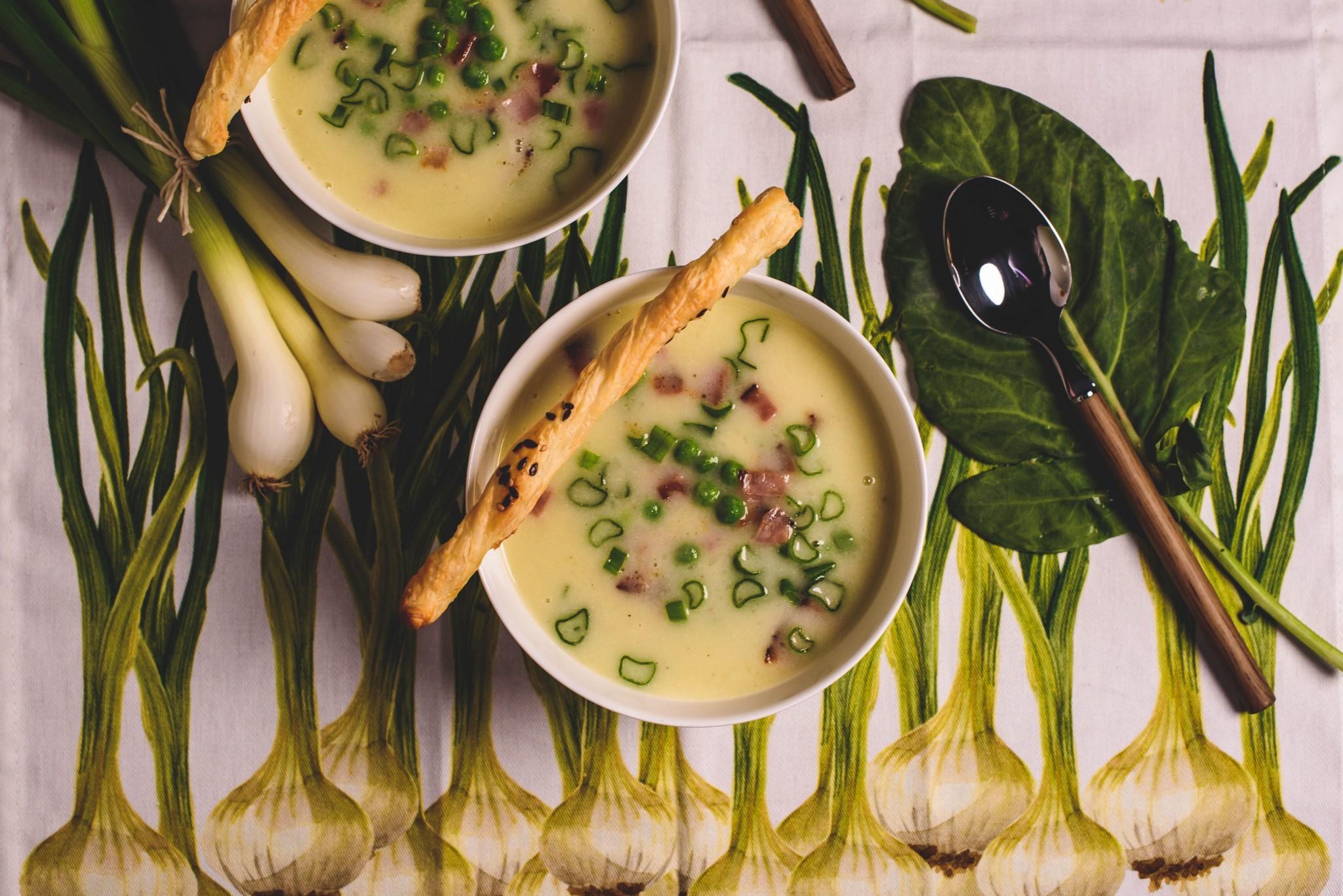 Kohlrabi-Erbsen-Suppe