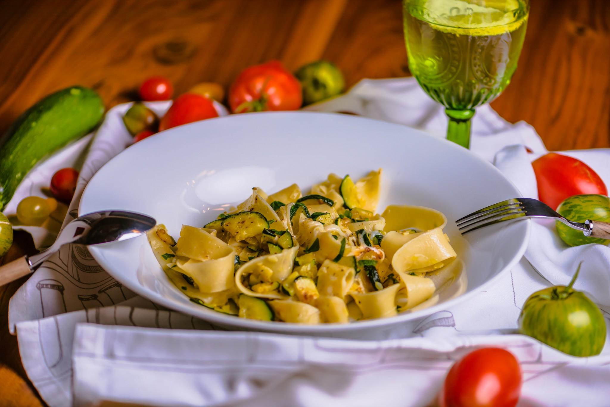 Pappardelle mit Zucchini & Scamorza