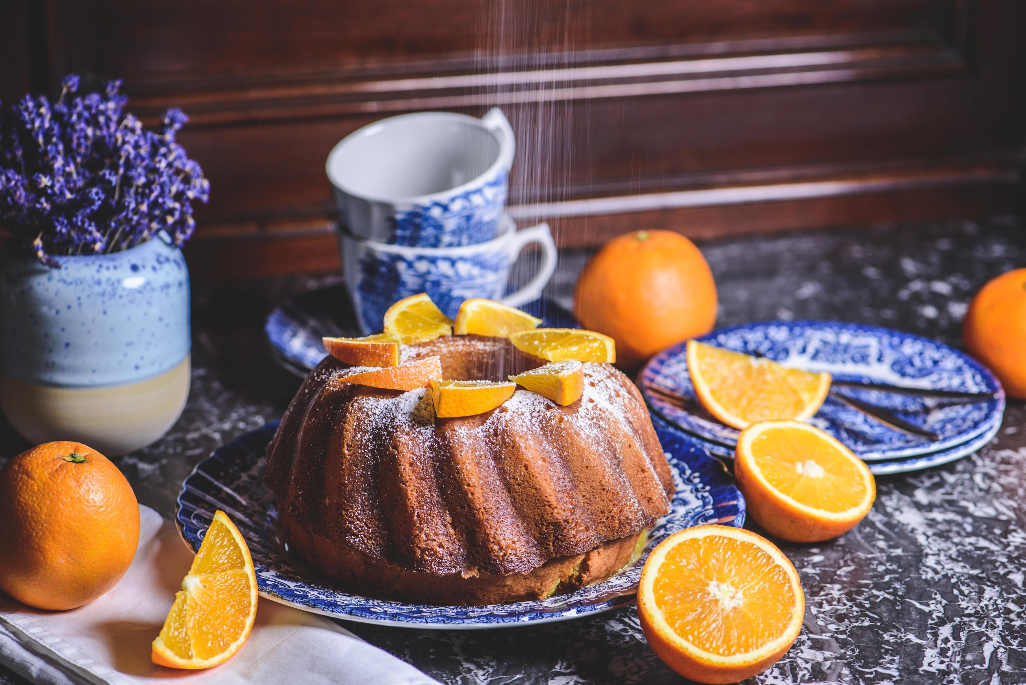 Gugelhupf mit Orangen & Marzipan