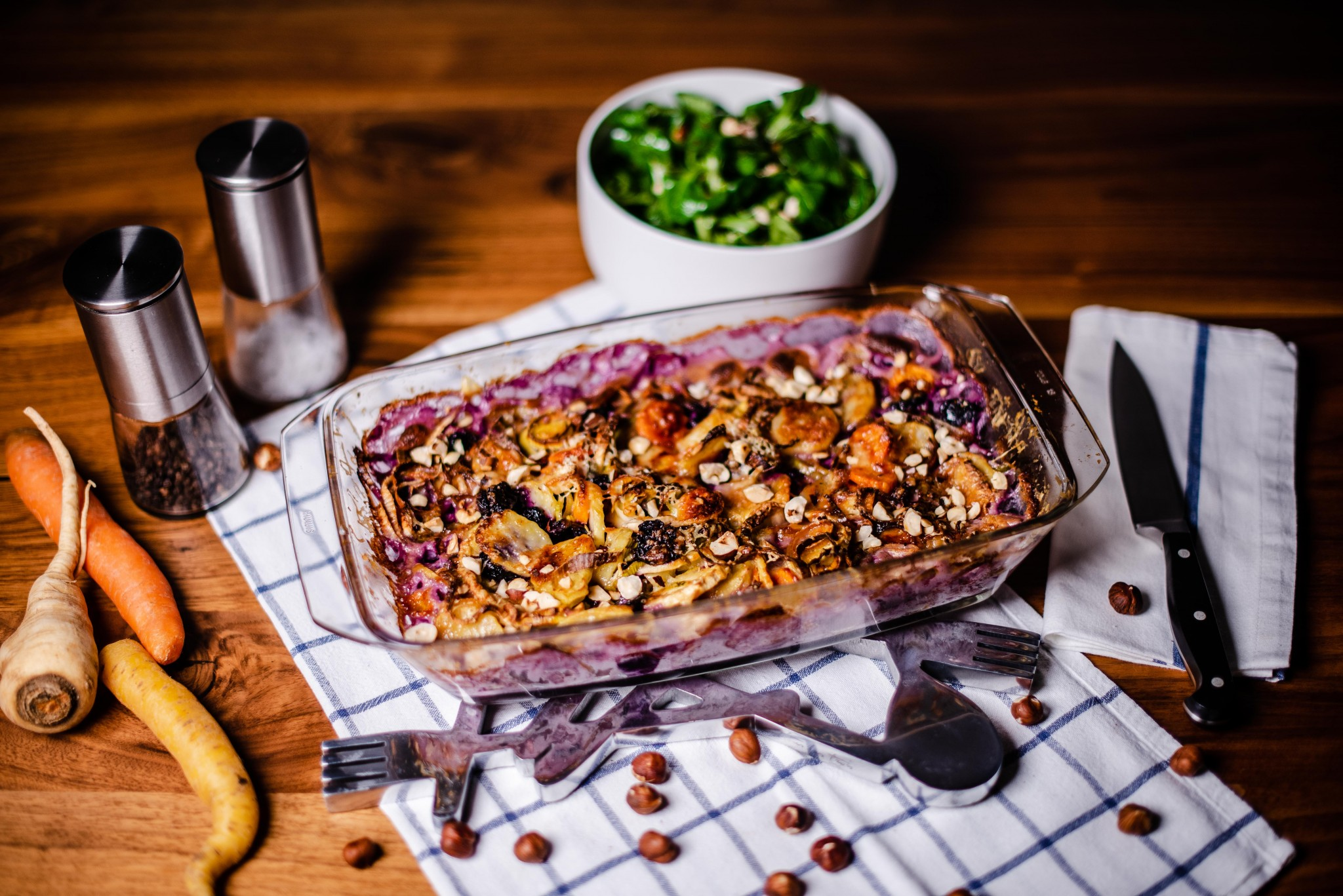 Gemüsegratin mit bunten Karotten, Lauch & Kartoffeln
