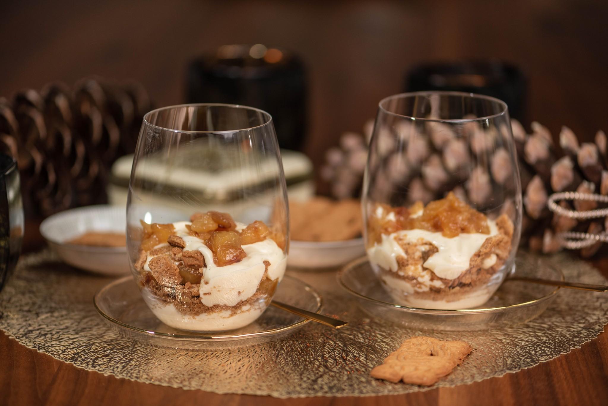 Trifle mit karamellisierten Äpfeln & Vanillecreme