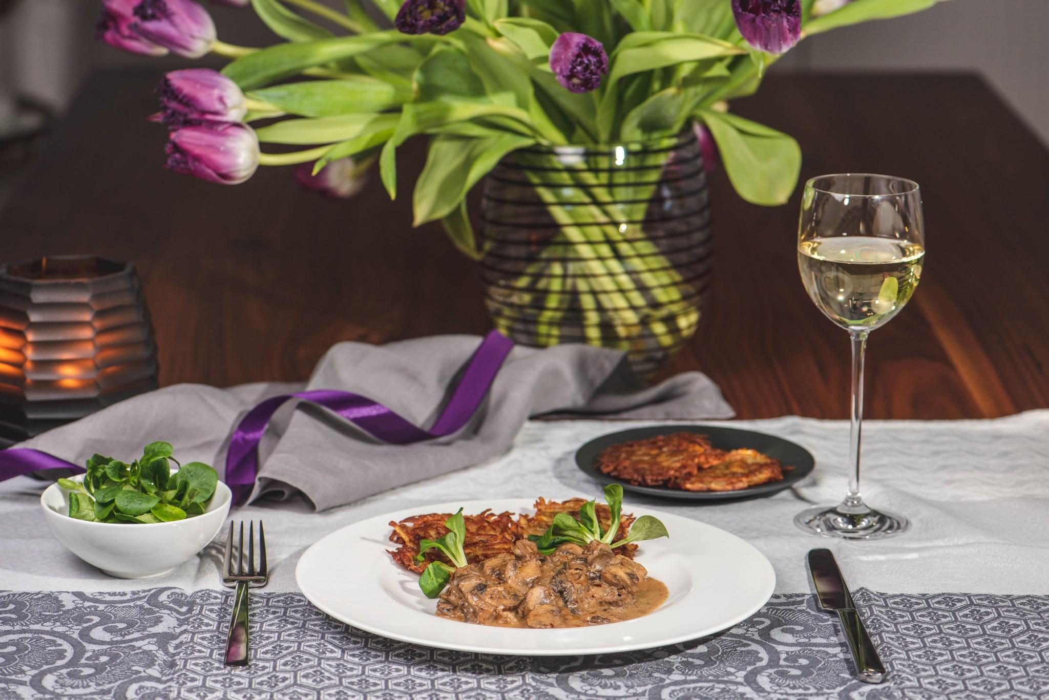 Schnitzel mit Pilzragout & knusprigen Rösti
